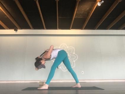 Pyramid Shoulder Bind (hit both sides)